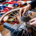 Vonovia spendet 4.000 Euro an Fahrradwerkstatt